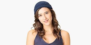 Woman wearing a Lipodo docker cap