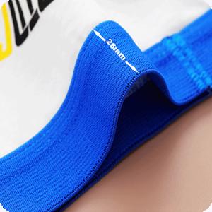La cintura elástica de 26 mm de ancho es cómoda de llevar y más fácil de poner y quitar.