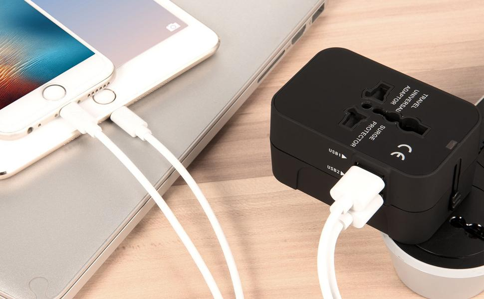 WallCharger AC Power Adaptor Charger with Dual USB Charging Ports for USA Eu Uk AUS Plug Adapter.