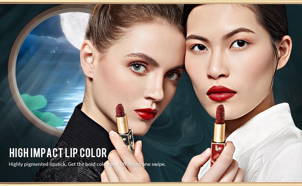 Lipstick High impact lip color