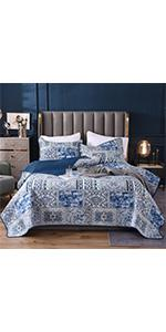 Secgo Floral Pattern Quilt Set King Queen Twin Size with 2 Pillow Shams Lightweight Microfiber
