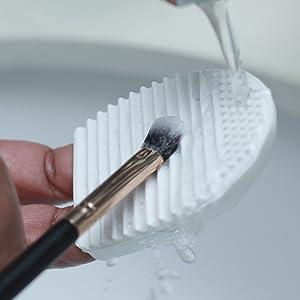 make-up brush make up cleaner silicon brush cleaner brush cleaner durable brush washboard