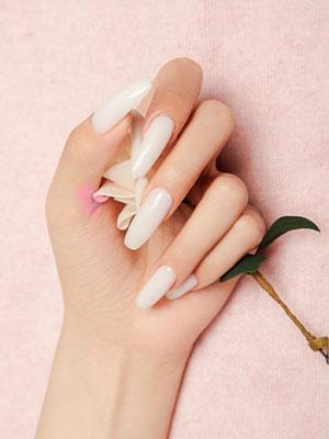 white poly nail gel