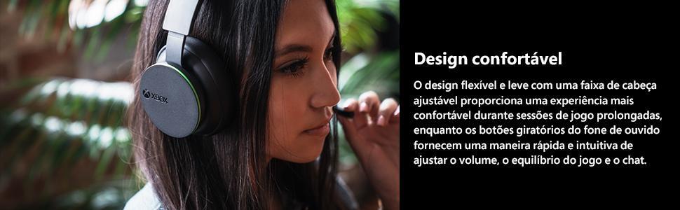 mulher com o fone de ouvido, headset