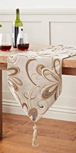 VL-Chateau-67202-Runner-Gold