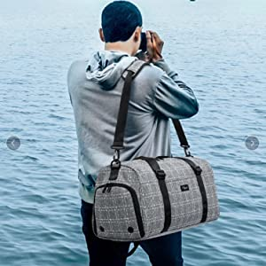 TUGUAN Men Gym Bag 19'' 40L Blue Durable Thick Overnight Sports duffle Bag Travel Accessorie