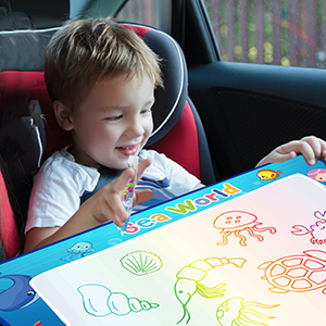 CHEERFUN water doodle mat helps kids keep calm and happy on the travel