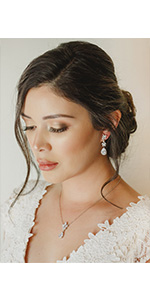 Necklace Dangle Earrings Set