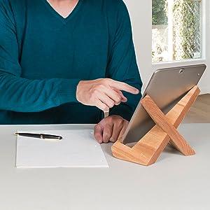 Coffwood Tablet holder