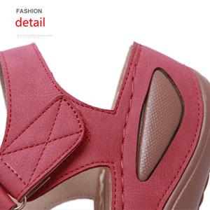 buckelt sandals