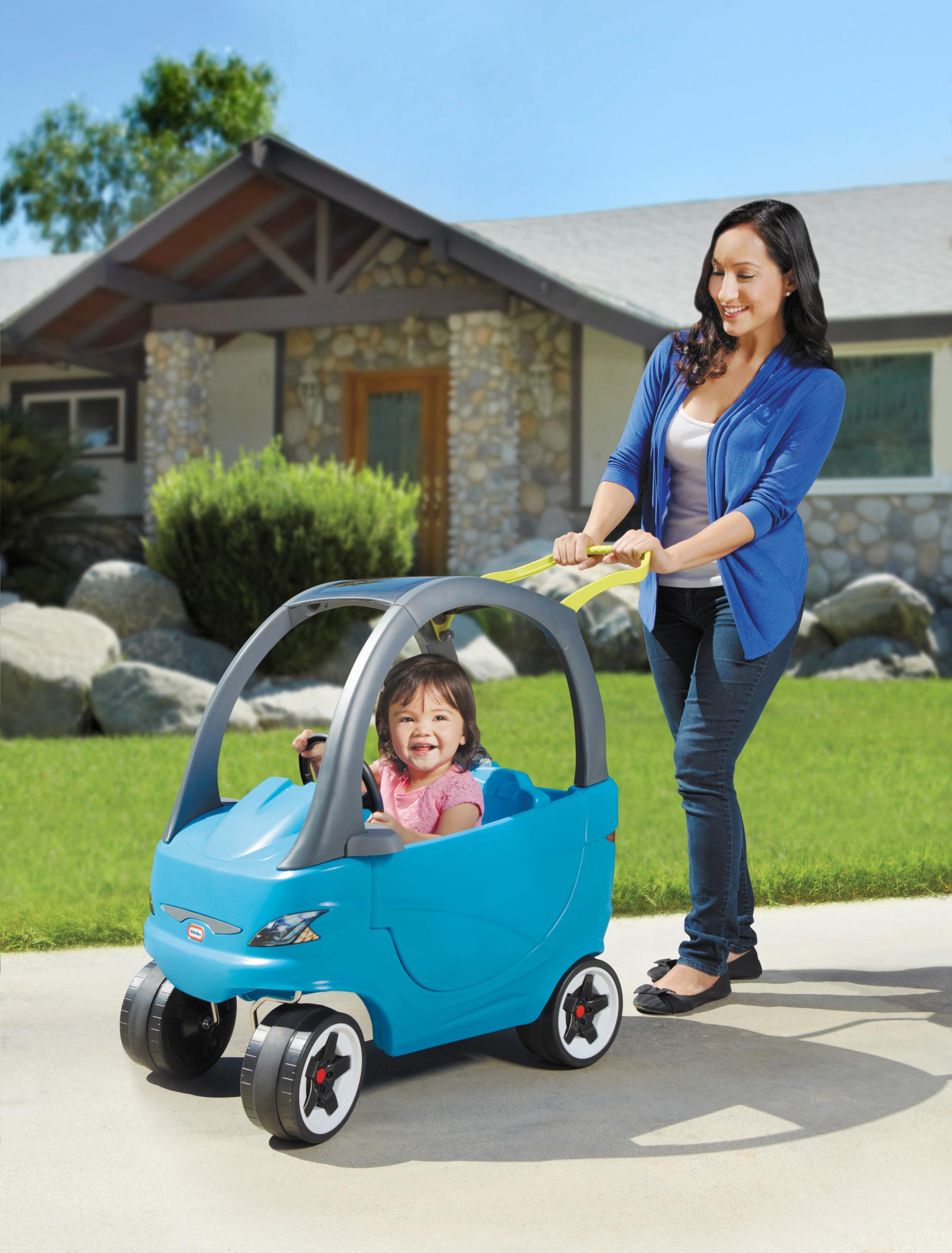 Amazon.com: Little Tikes Cozy Coupe Sport Ride-On: Toys