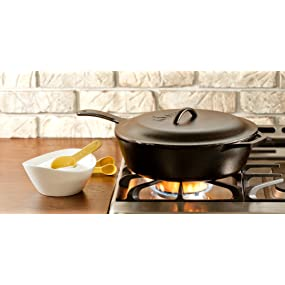 chicken fryer, frying pan, Lodge skillet, skillet with lid, frying pan with cover