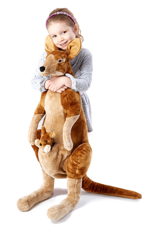 Amazon Com Melissa Doug Giant Kangaroo And Baby Joey In Pouch