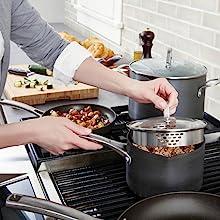 Calphalon Classic Nonstick 2.5-Quart Sauce Pan with Cover - Versatile Sauce Pan