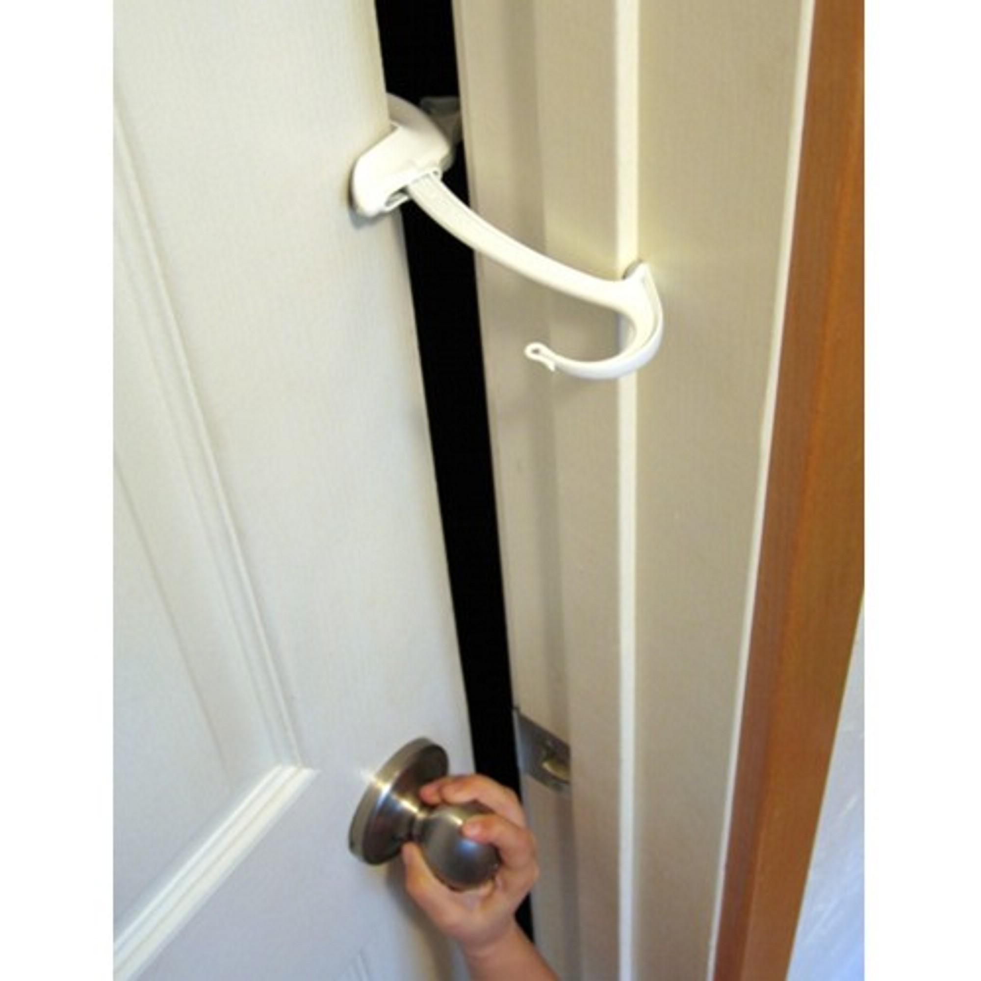 Amazon Com Door Monkey Door Lock Amp Pinch Guard Safety