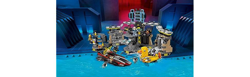 lego, legos, lego batman, lego batman the movie, batman, alfred, duck, penguin, batcave