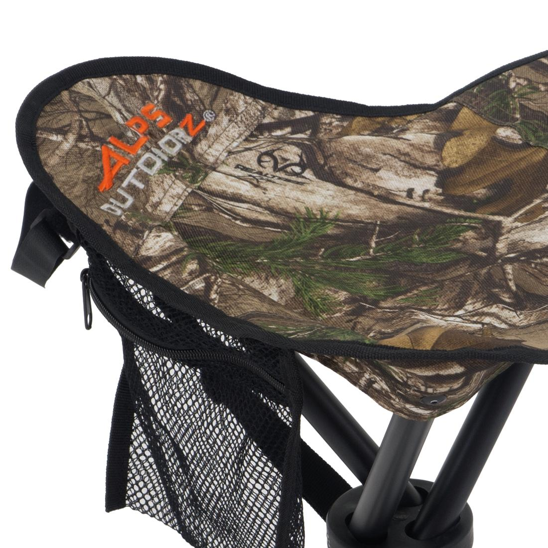 Amazon Com Alps Outdoorz Tri Leg Stool Realtree Xtra