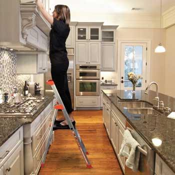 Flip N Lite 300 Pound Duty Rating 6 Foot Stepladder With