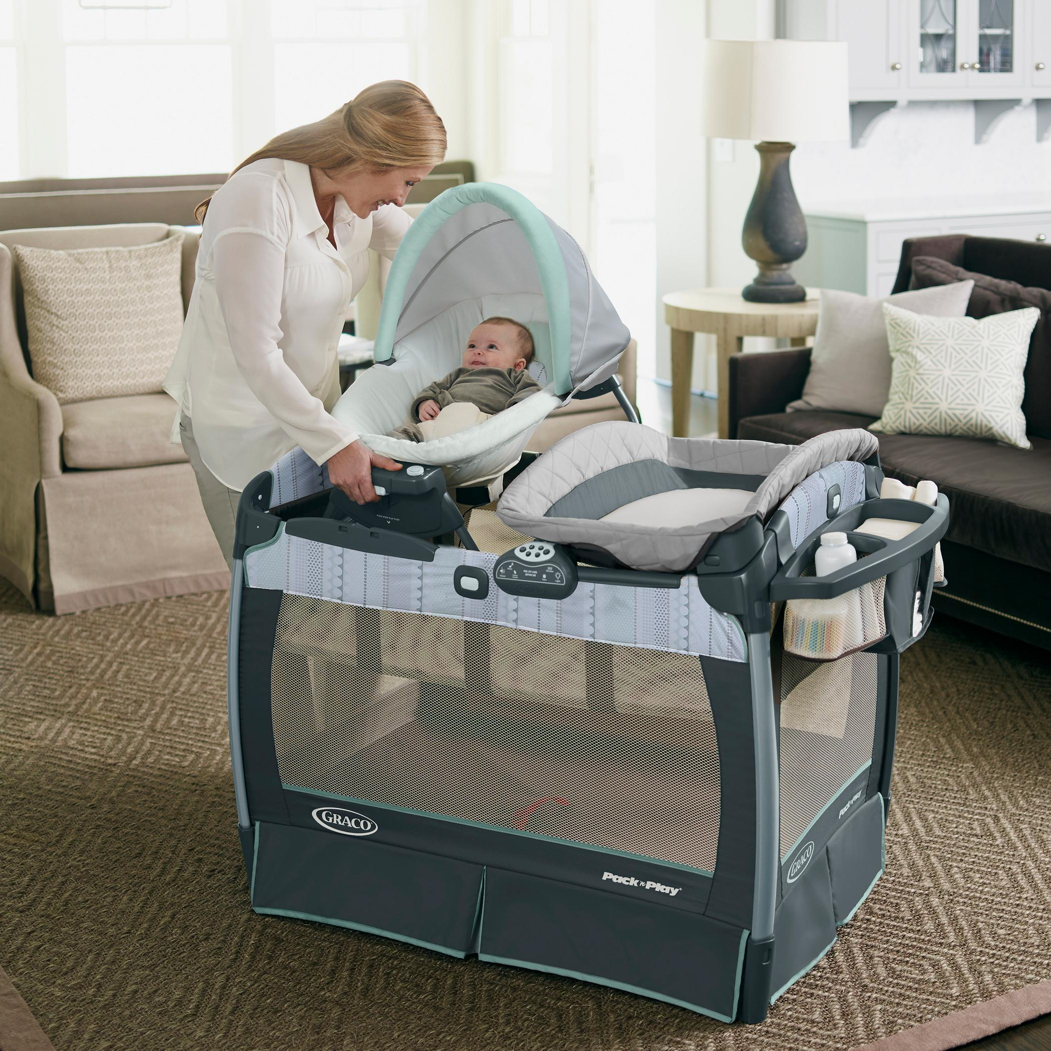 Amazon Com Graco Pack N Play Playard With Nuzzle Nest
