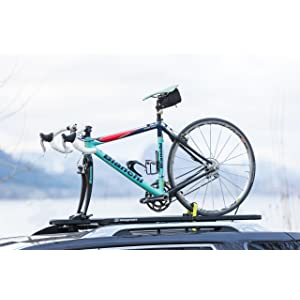 Amazon Com Swagman Enforcer Roof Mount Bike Rack Sports Outdoors