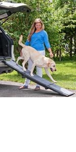 Pet Gear Full Length Carpeted Tri-Fold Pet Ramp