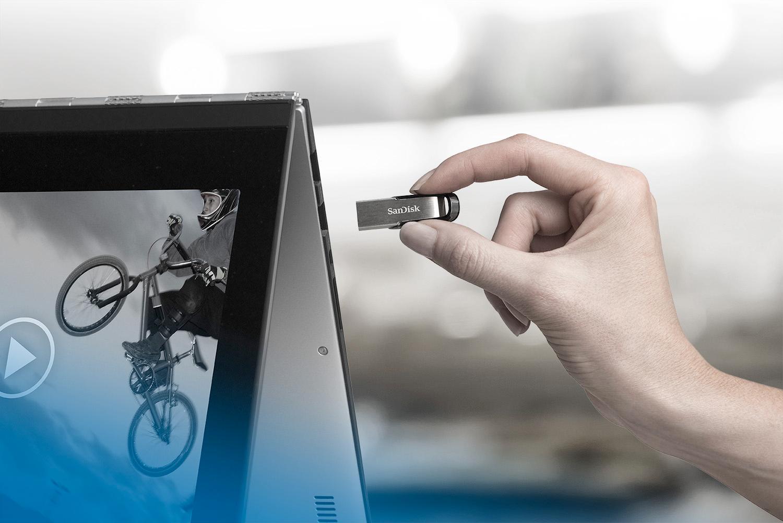Sandisk Flashdisk Ultra Flair Cz73 32gb Silver Daftar Harga Usb 30 130mb S 16gb Garansi Resmi View Larger