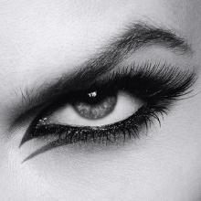 1514df26a97 L'Oreal Paris Voluminous Feline Mascara, Noir Blackest Black: Amazon ...