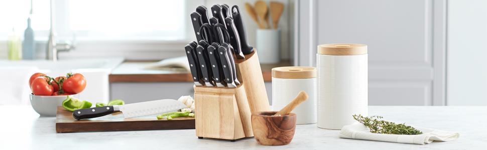 AmazonBasics Premium 18-Piece Knife Block Set
