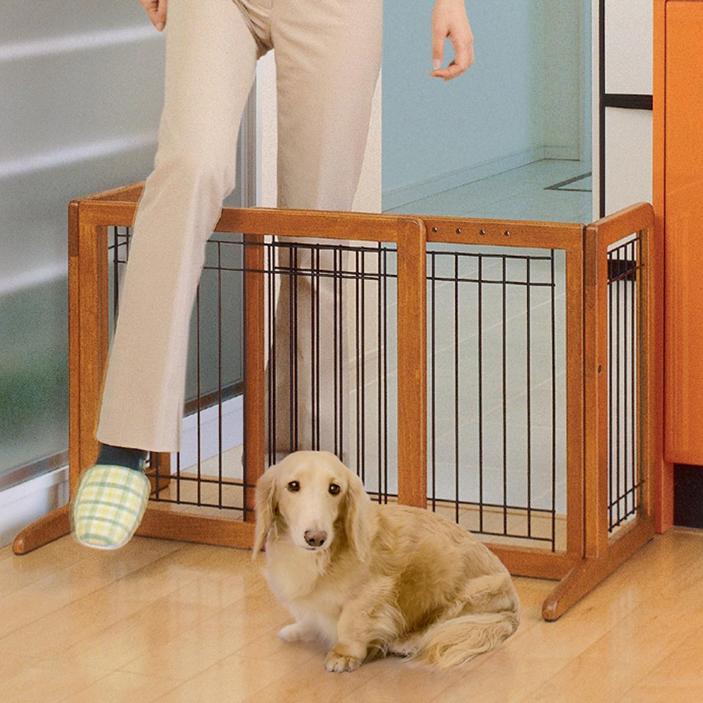 Amazon Com Richell Wood Freestanding Pet Gate Large Autumn Matte