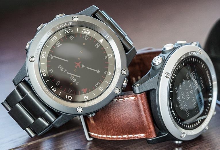 11dcc41d495 Garmin D2 Bravo Aviation Watch  Amazon.ca  Cell Phones   Accessories