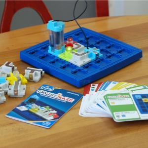 Circuit Maze - Electric Current Logic Game | ThinkFun