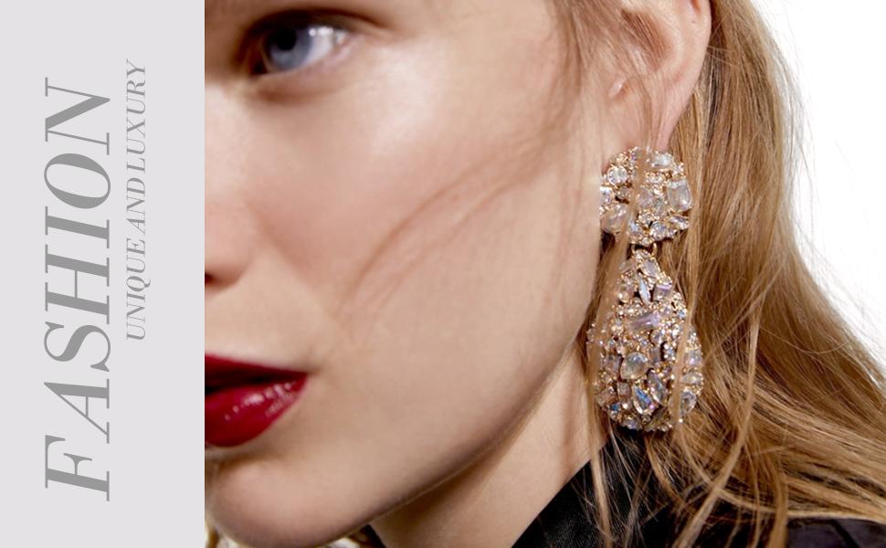 rhinestone teardrop dangle earrings