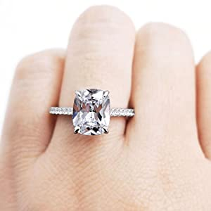 4ct Cubic zirconia ring