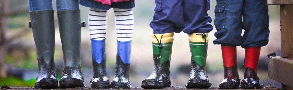 kids feet in rainboots