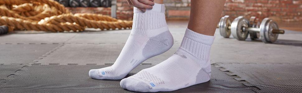 drymax r-gear running socks quarter road runner sports