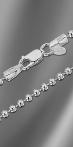 Collana con catena a sfera in argento
