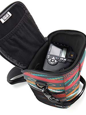 USA GEAR 100D // Nikon D3300 // Pentax e Altri Borsa a Tracolla Impermeabile Custodia Fondina Per Fotocamere DSLR SLR con Obiettivi da 18-135mm//18-55mm Per Canon EOS 750D