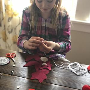 kids sewing kits, kids craft kits, gifts for girls 7 8 9 10 11 12 13