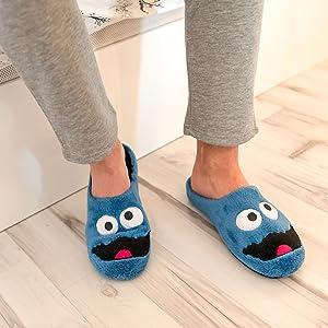 Scarpe da calcio da casa e squadra di calcio comode slippers house shoes comfort