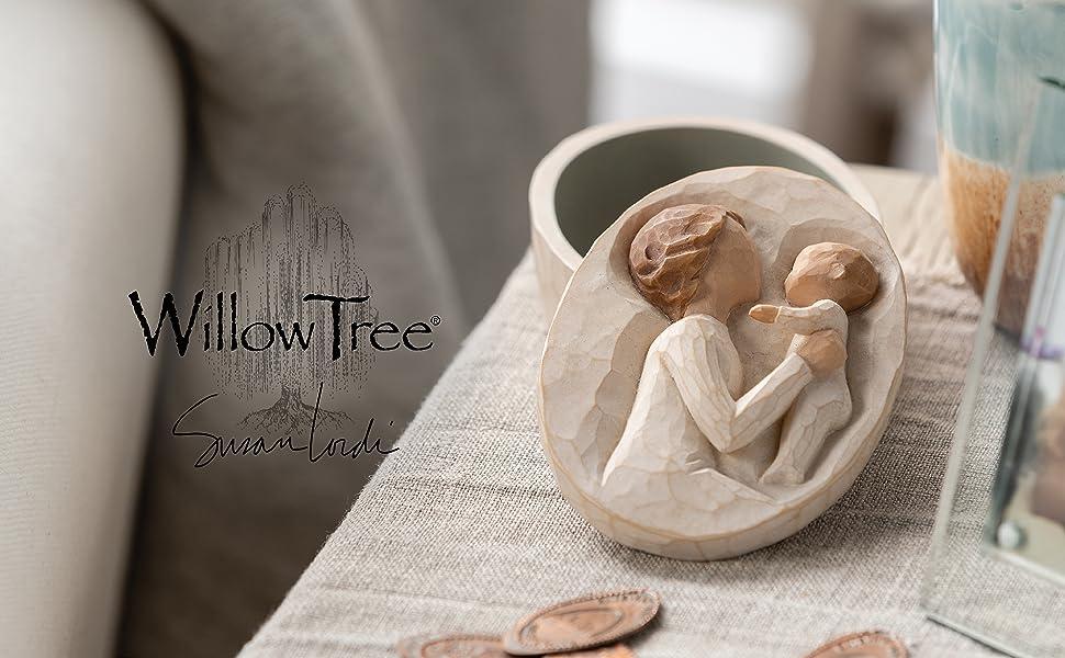 Open Willow Tree Grandmother Keepsake Box, figure holding baby on lid.