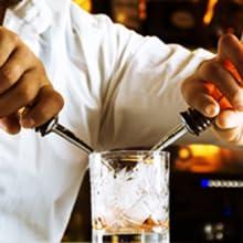 2 Liquor Pourers