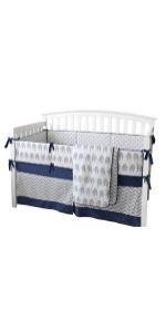7 Pieces of Crib Bedding Set - Elephant