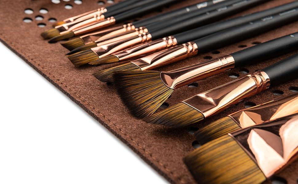 Paint brush set with travel case