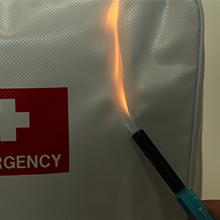 日本防炎協会認定の防炎素材を使用。