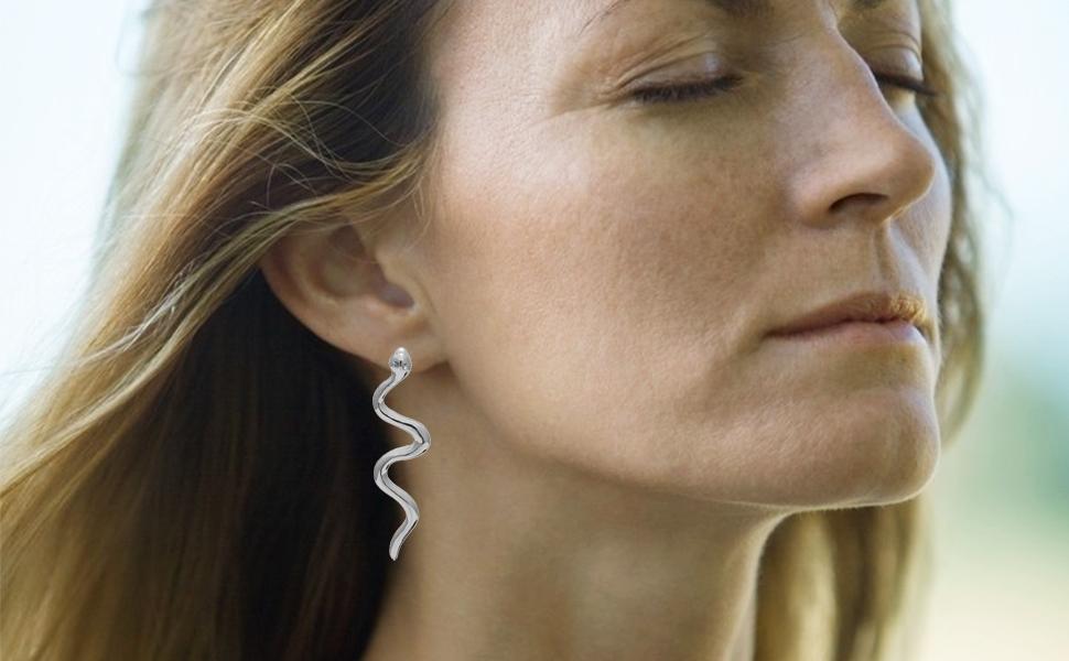serpent earrings Uno de 50 Style animal jewelry Snake earrings animal earrings silver snake earrings