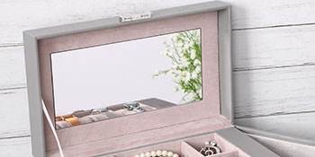 jewelry box with mirror and lock