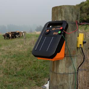 1 km Multi Wire Fence S10 SOLAR Electric Fence Kit Gallagher Energiser farm