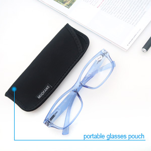 reading glasses with pouch