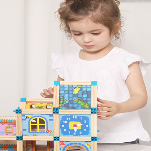 Wooden Deluxe Dollhouse