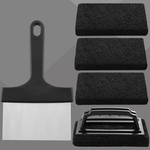 scrubbing pad with handle